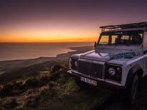 Jeep en el puesto de observación Foto de archivo libre de regalías