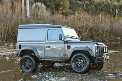 Jeep en el río Imagenes de archivo