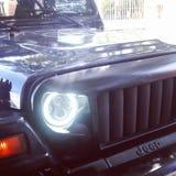 Jeep fâchée de yeux photo stock