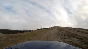 Jeep i depro-bergen lager videofilmer