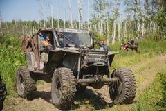 Jeep im Schlamm Stockfoto
