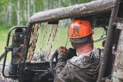 Jeep im Schlamm Lizenzfreie Stockbilder