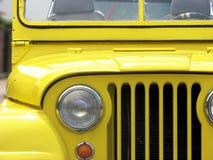 Jeep jaune Willys images libres de droits