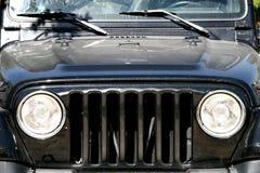 Jeep noire - véhicule tous terrains photo stock