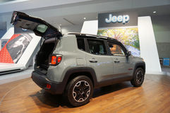 Jeep Renegade 2015 royaltyfri bild
