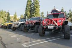 Jeep s på skärm Fotografering för Bildbyråer
