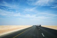Jeep Tour safariväg i öknen Oman Salalah Arkivfoto