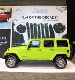 Jeep verde Fotos de Stock