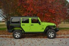 Jeep verde Imagen de archivo libre de regalías