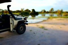 Jeep voor een goede Safari in Botswana Stock Afbeeldingen