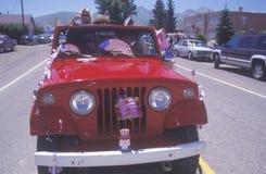 Jeepen i Juli 4th ståtar, Lima, Montana fotografering för bildbyråer