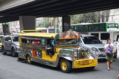 Jeepney在马尼拉 库存照片