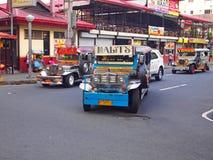Jeepney i Manila Arkivbilder