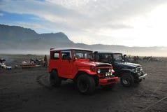 Jeeps in Indonesië dichtbij bromo Stock Foto's
