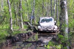 Jeepwrangler i Ryssland Royaltyfria Bilder