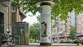 Jefaturas de la organización de consumidores alemana Stiftung Warentest en Berlín metrajes