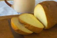 Jefe del queso tradicional del Adygei hecho a mano Imagen de archivo
