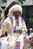 Jefe indio de llanos a caballo Fotografía de archivo