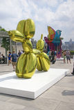 Jeff Koons retrospective - balloon dog Royalty Free Stock Images