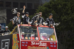 Jeff Schultz, Tyler Toffoli, e Martin Jones, Dwight King e Tanner Pearson em reis 2014 Stanley Cup Victory Parade do LA, ANG do L Fotografia de Stock