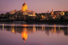 Jefferson City Missouri horisont Arkivfoton