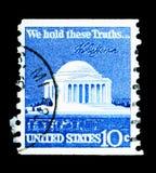 Jefferson Memorial och häfte, vanlig serie för fråga 1970-1974, Royaltyfri Bild