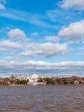 Jefferson Memorial op het Getijbekken van Potomac Rive wordt gezien die Stock Foto