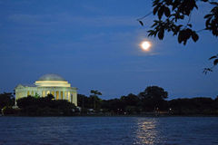 Jefferson Memorial sotto la luna piena Fotografia Stock