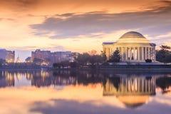 Jefferson Memorial under Cherry Blossom Festival i DC royaltyfria foton