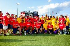 Jeffrey Osborne Foundation Celebrity Softball lek royaltyfria foton