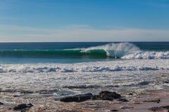 Jeffreys Podpalana Turniejowa Surfingowa Fala Ściana Tęsk fotografia stock