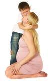 jego przytulenia dzieciaka matka ciężarna Zdjęcie Royalty Free