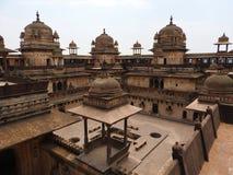 Jehangir Mahal, Orchha fort, Religia Hinduism, forntida arkitektur, Orchha, Madhya Pradesh, Indien fotografering för bildbyråer