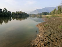 Jehlum-Fluss- Kashmir Valley stockbilder