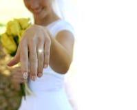jej nowy pierścionek Zdjęcia Royalty Free