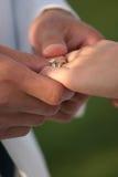 jej pierścionek na ślub Obraz Royalty Free