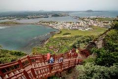 Jeju-Insel - 5. Oktober 2014: Hohe Winkelsicht von Spitzen-Jeju vulkanisch, Südkorea stockfotografie