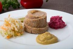 Jello de viande avec des casse-croûte Photographie stock