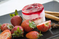 Jelly cake with fresh strawberries Royalty Free Stock Photography