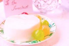 Jelly Milk Dessert com doces fotografia de stock