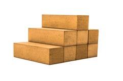 Jenga blockiert die Formung eines piramid auf einem Weiß Stockfotos