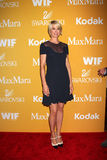 Jenna Elfman arrives at the City of Hope's Music And Entertainment Industry Group Honors Bob Pittman Event Royalty Free Stock Photos