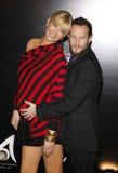 Jenna Elfman und Bodhi Elfman Lizenzfreies Stockfoto