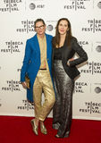 Jenna Lyons och Laurie Simmons på den Tribeca filmfestivalpremiären 2017 av ` min konst`, Royaltyfri Fotografi