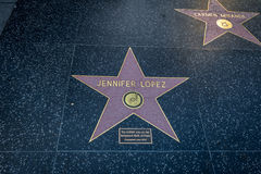 Jennifer Lopez går den comemorative stjärnan på Hollywood av berömmelse i den Hollywood boulevarden - Los Angeles, Kalifornien, U arkivbild