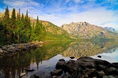 Jenny Lake in het Nationale Park van Grand Teton, Wyoming Royalty-vrije Stock Foto