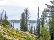 Jenny See im großartigen Teton Nationalpark lizenzfreie stockbilder