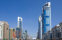Jeque-Zayed-Camino, Dubai Imagen de archivo libre de regalías