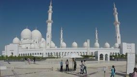 Jeque Zayed Grand Mosque en Abu Dhabi almacen de video
