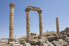 Jerash pillars. Old romans pillars and arch sculpture in Jerash, Jordan Stock Photos